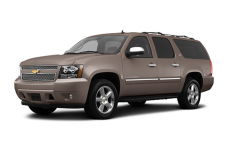SUV Chevrolet Suburban 4WD 1500 LT 2013