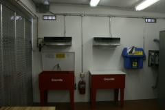 Relocatable weapon cleaning station