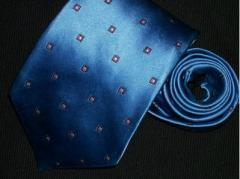 Brooks Brothers Tie Golden Fleece 100% Silk Woven