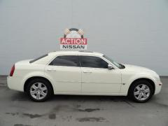 2006 Chrysler 300 (ValueSmart) Sedan