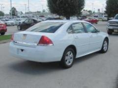 2010 Chevrolet Impala LT Car