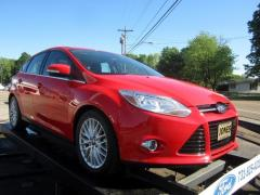 2012 Ford Focus Hatchback SEL Automatic