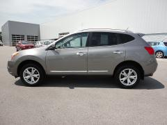 2011 Nissan Rogue SV/Navigation Car