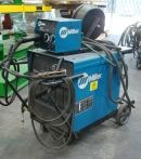 300 Amp Used Miller Deltaweld 302/S-22A Wirefeed