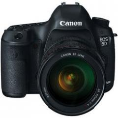 Canon  EOS 5D Mark III with 24-105mm L IS USM AF