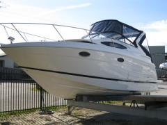 2012 Regal Express Cruiser 30 Boat