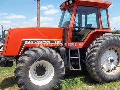 Tractors - 100 HP to 174 HP