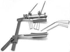 The Gillinov - Maze Retractor