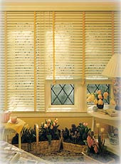 Hunter Douglas Country Woods® Wood Blinds