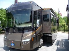 2006 Winnebago Tour 40KD 3/Slides Class A