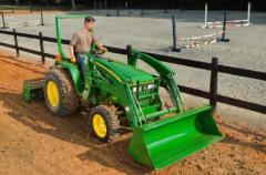 2010 John Deere 3005 Compact Tractor