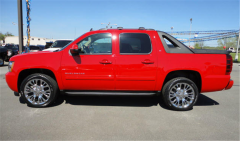 Chevrolet Avalanche 4WD LT 2012 Truck