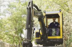 Compact excavators ECR38