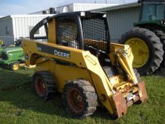 2006 John Deere 325