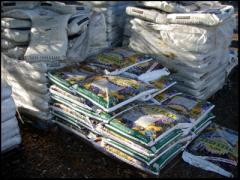 Bagged Soils & Mulches