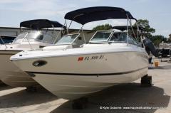 2004 Cobalt Boats Bowrider 240 Boat