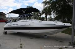 2012 Hurricane SunDeck Sport 231 SS Boat