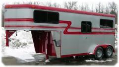 2 Horse gooseneck trailer
