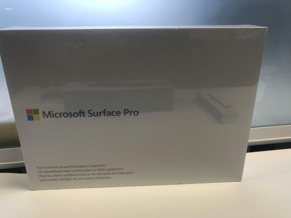 new_microsoft_surface_pro_i7_16gb_512gb_123