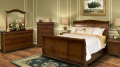 Whitley Court Bedroom Set
