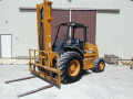Forklifts - Mast 2009 CASE 586G