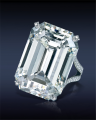 91224433 Emerald Cut Diamond Ring
