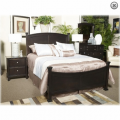 Chelton King Poster Bed