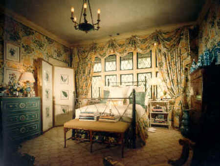 Order Lady's Bedroom