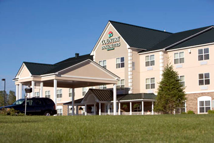 Order Country Inn & Suites Houghton