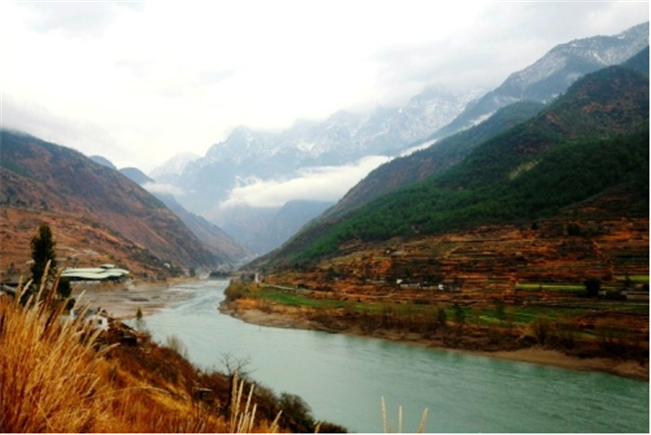 Order Trekking Discovery from Lugu Lake to Tiger Leaping Gorge Tour
