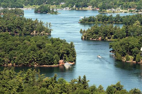 Order 5-Day U.S. East Coast and 1000 Islands Tour from Boston - A
