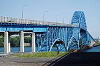 Order Building bridges