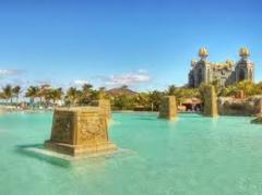 Atlantis - Coral Towers Paradise Island Tour