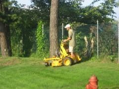 Lawn Mowing and Maintenance Service
