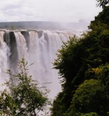 Zambia Volunteer and Safari Tour