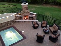 Fireplaces/Fire Pits