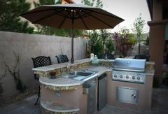 Fireplaces, Firepits & Outdoor Kitchens