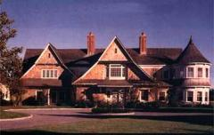 Shingle style residence